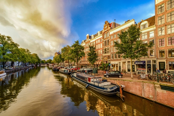 Event Information HCX24 - 38th Congress of the ESCRS 2020 in Amsterdam